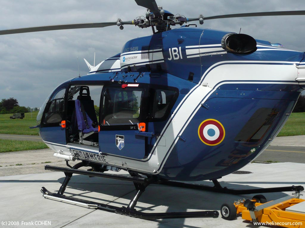 ec 145 helicopter with F Mjbi on 189945 Ec135 21 further Eurocopter EC 645 T2 Helicopter m02012061300100 likewise Ueber Uns additionally 16050 additionally Helicopter eurocopter ec145 ecstasea 001.